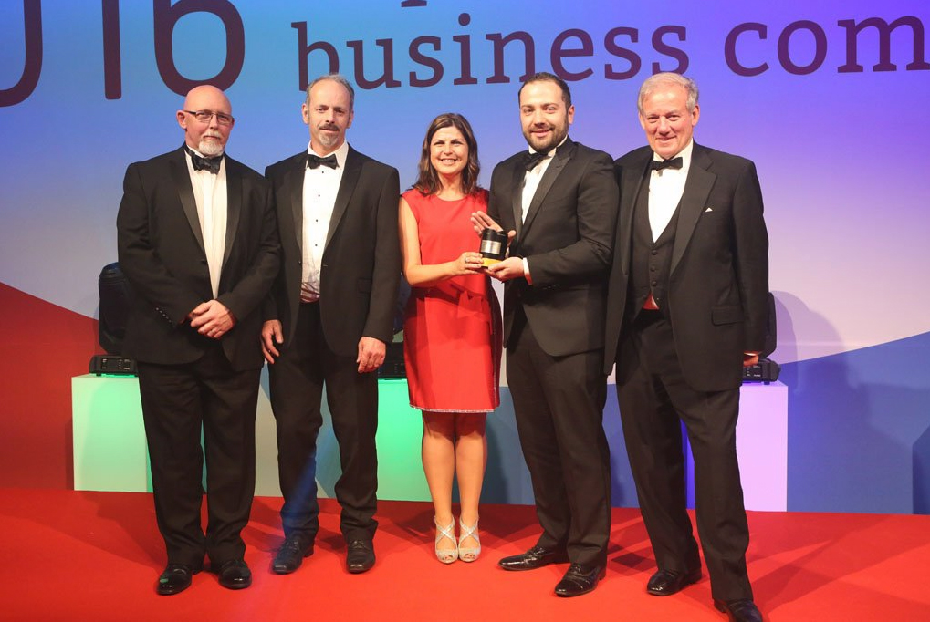 team-collecting-award-2016-shropshire-business_1